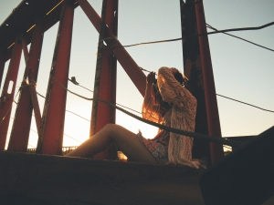 2014-11-Life-of-Pix-free-stock-photos-bridge-girl-sunnyfia-Doug-Robichaud
